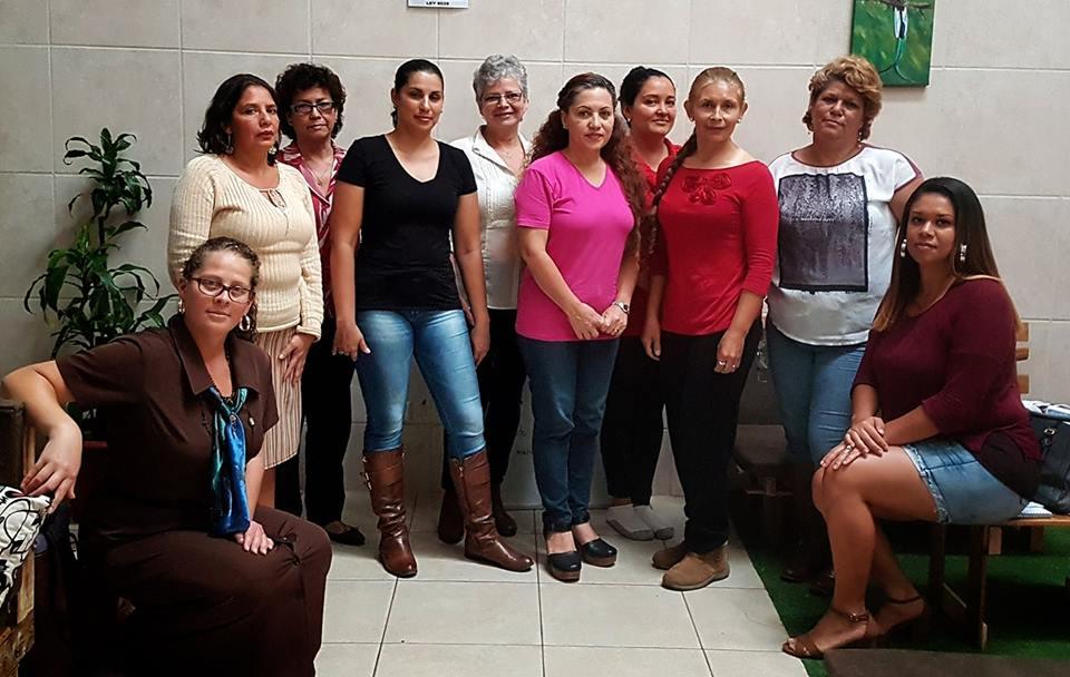 Sesiones de trabajo desde las inquietudes y necesidades de las propias mujeres. Foto por: Mariam Vargas Rodríguez.
