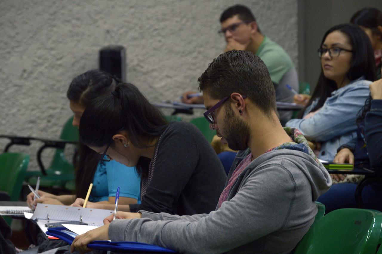 Asistentes a la I Jornada de Difusión de la Investigación, la Acción Social, Docencia y Expoinvestigación. Fotografía: Laura Camila Suárez