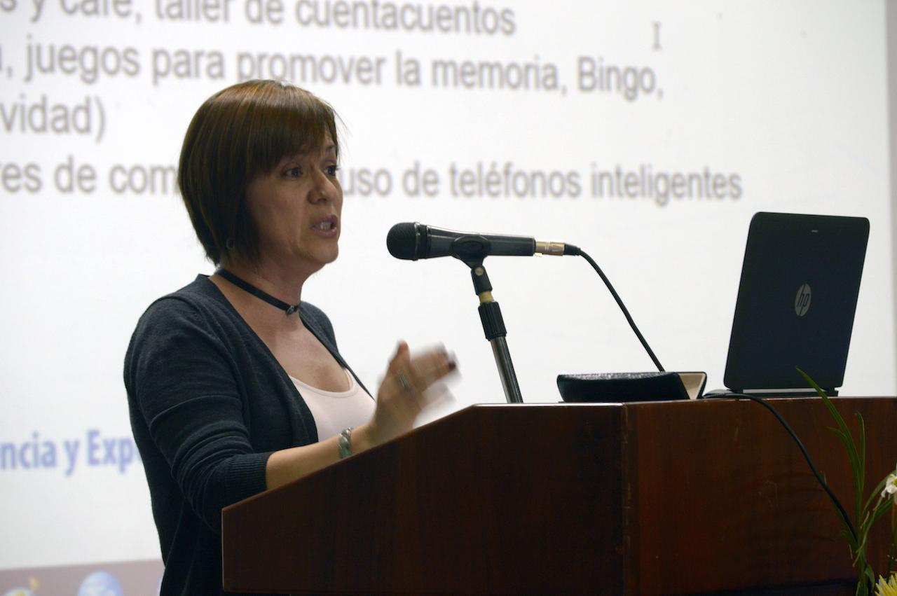 Presentación del proyecto TC-689: La información componente esencial para promover el aprendizaje a lo largo de la vida. Fotografía: Laura Camila Suárez