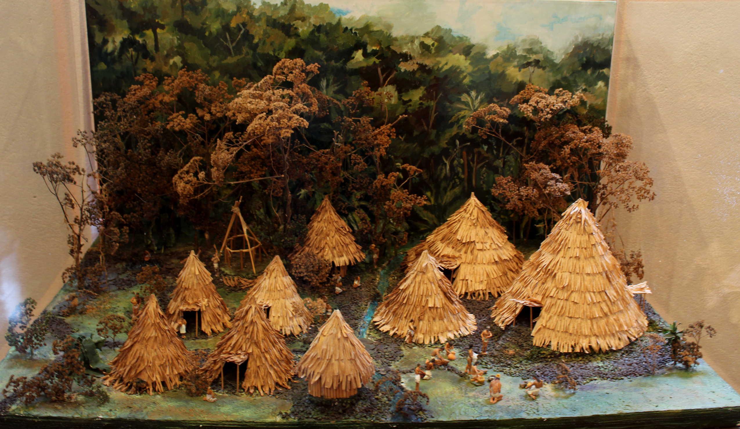 Exposicion permanente de arqueología del sitio del Monumento Nacional Guayabo.