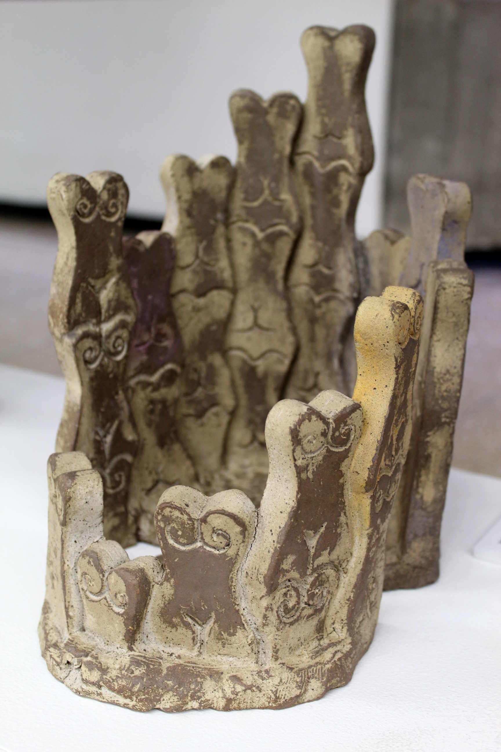 Obra de Raiza Flores, sin título, técnica de horno de gas, alta temperatura, año 2012. Fotografía: Adriana Araya.