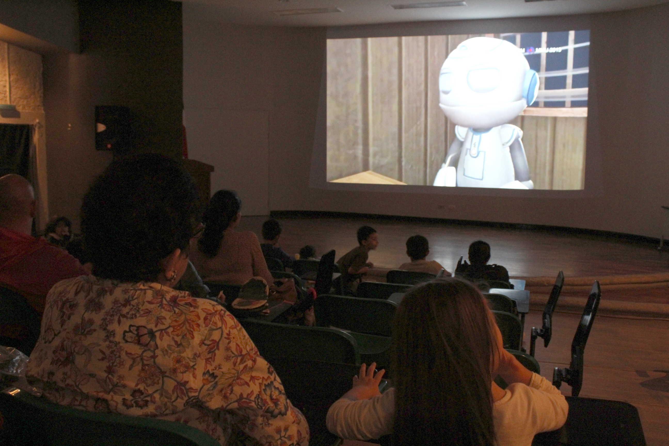 Los niños participantes de Títere-tandas vieron los filmes presentados en el Cine Universitario: Cortos animados del director checo Jiri Trnka y la película El Libro de la vida, del director Jorge R. Gutiérrez.