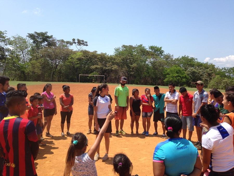 Más de las actividades en las que participaron personas de la comunidad de Salitre. Foto: Cecilia Romero.