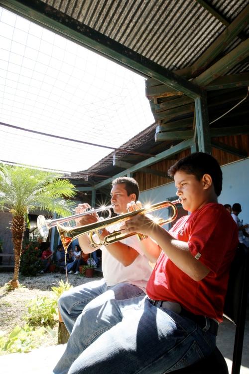Trompetas.  EBM Santa Cruz.