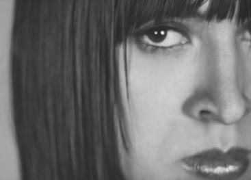 """Culpables y Transvida son dos muestras teatrales protagonizados por 11 mujeres exprivadas de libertad y transgénero que narran sus historias y testimonios de vida. Imagen capturada del vídeo de promoción de las obras. Tomado del Facebook """"Las de Afuera""""."""
