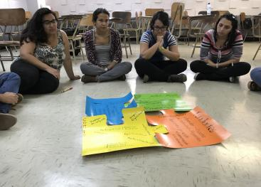 Plenaria sobre los aportes de los diferentes actores involucrados en el trabajo con las comunidades.  Foto tomada por Victoria Salazar.