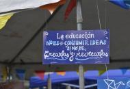 """""""La educación no es un acto de consumir ideas, sino de crearlas y recrearlas"""""""