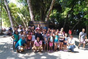 El grupo estuvo conformado por niños y niñas entre los 8 y 11 años de las comunidades de Golfito y Osa. Algunos de ellos asisten a escuelas unidocentes (foto cortesía Joselyn Montero).