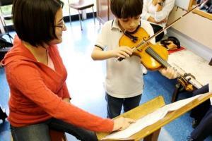 El arte es uno de los agentes de cambio social.  Diversos proyectos de extensión cultural y docente se dirigen a la población infantil.   Foto archivo VAS.