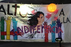 La vigilia buscó reflexionar entorno al uso del encierro y a la violación de los Derechos Humanos.  Fotografía por Melania Rodríguez y Sergio Salazar.