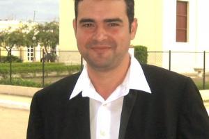 Lic. Yoanki Fernández, periodista, investigador y director de medios de comunicación, brindará el taller.