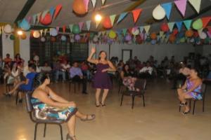 """La ruptura de la brecha generacional es de los principales objetivos de los talleres de baile y del TC-589:""""Promoción cultural del pacífico sur"""""""