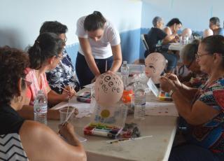 El curso de Pintacaritas fue impartido por la Máster Fainix Mayorga. Fotografía por Mariana Arce.